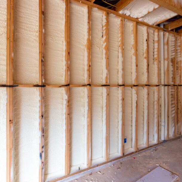 Examples of Bad Spray Foam Applicators Oregon. Choice the best spray foam installer in Oregon. Get the best advice on spray foam insulation from Premier Spray Foam
